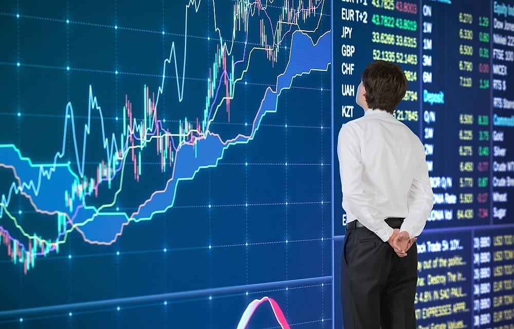 Объединение всех данных и различных видов анализа в биржевой торговле